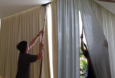 Dịch vụ giặt rèm cửa chuyên nghiệp