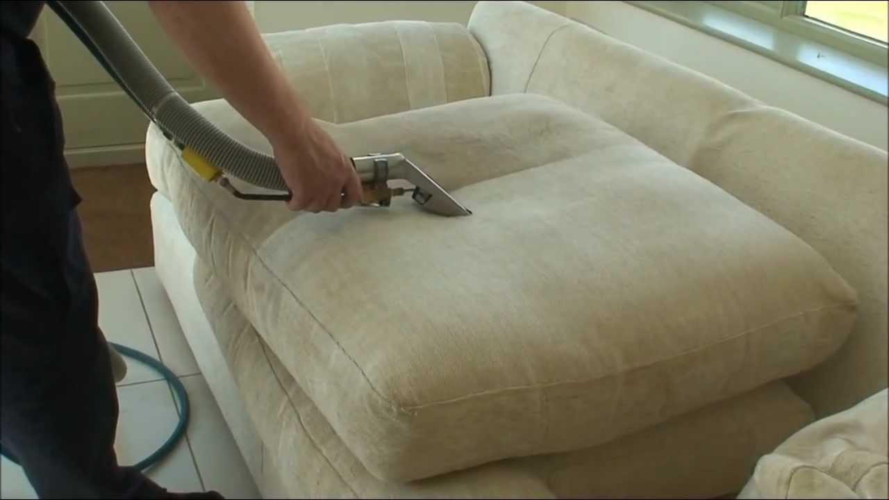 Vệ sinh ghế sofa Quận 10