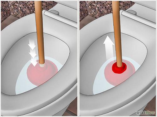 cách thông bể phốt bằng pit tông cao su