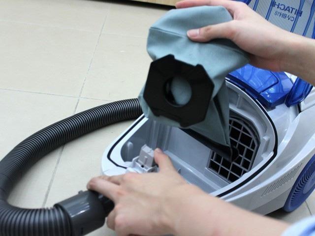 cách vệ sinh máy hút bụi