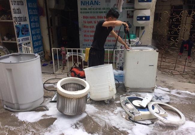 chuyên vệ sinh máy giặt