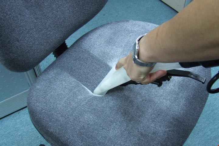 Vệ sinh ghế uy tín chất lượng giá rẻ ở TPHCM - Công ty vệ sinh Anh Thư